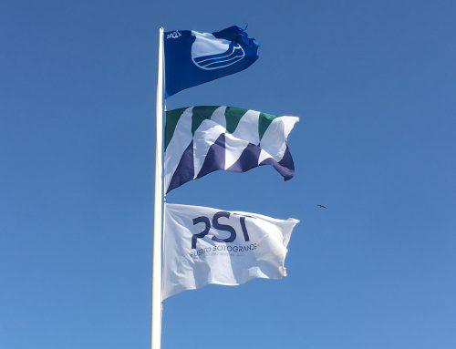 La Bandera Azul ondea en el Puerto Deportivo de Sotogrande